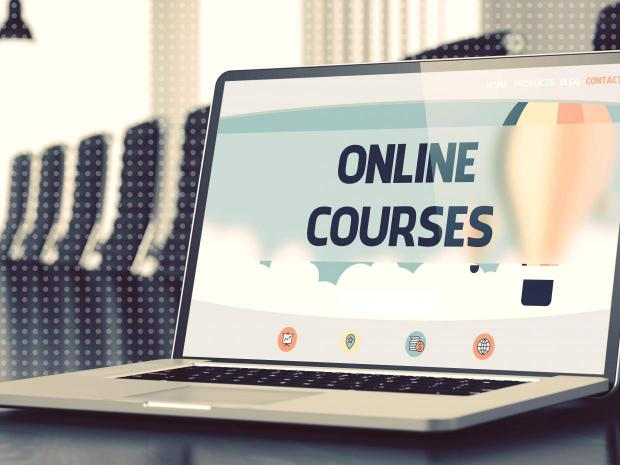 Online Learning-Courses Platform for Engineering Students